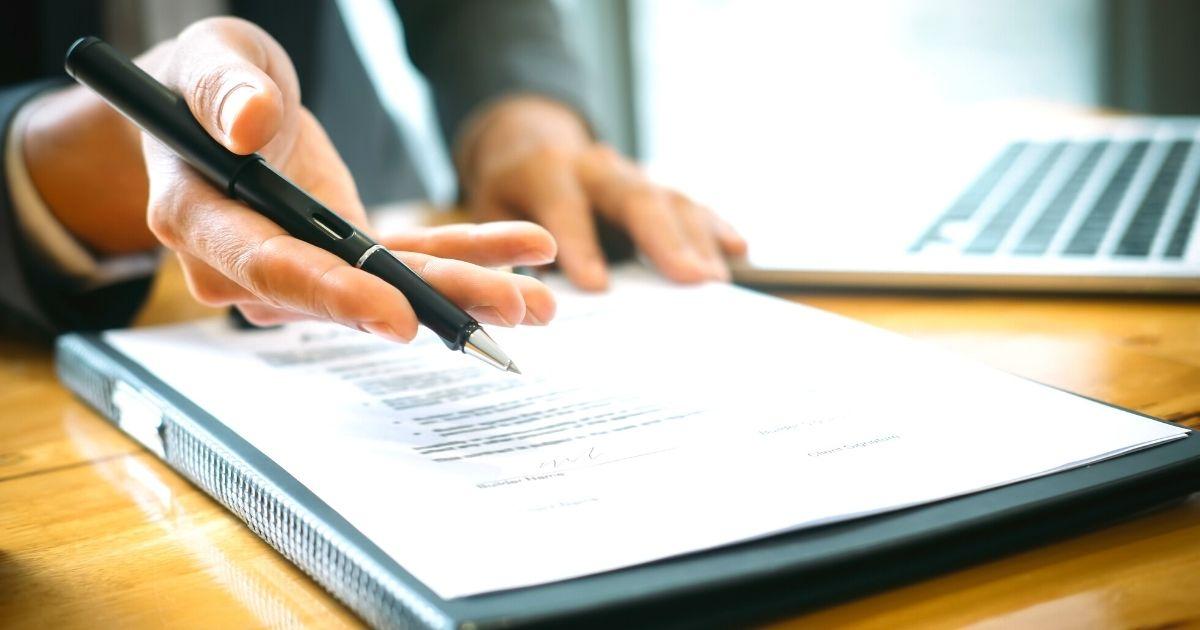 派遣社員にとって大切な初回の契約更新